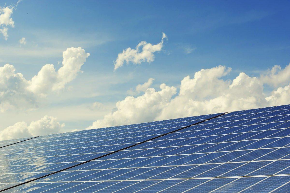 Wanneer zonnepanelen reinigen?